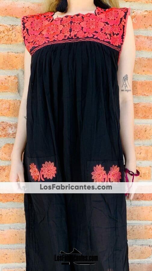 rj00619 Vestido negro artesanal de manta con bordado en el cuello colores al azarmayoreo fabricante proveedor taller maquilador (1)